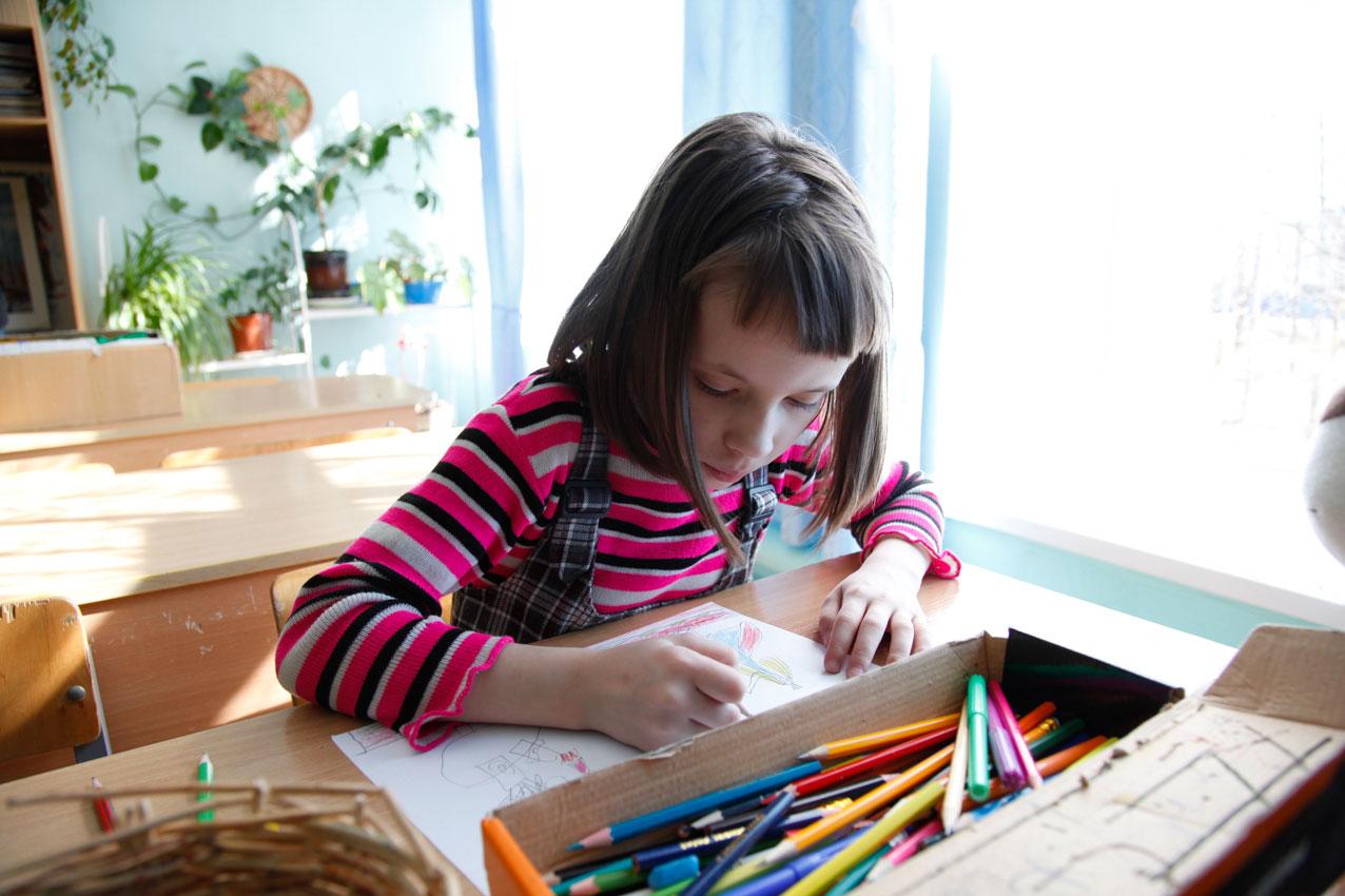 disegno-bambina-orfanotrofio