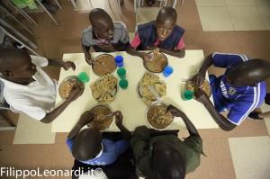 pranzo-centro-orfani