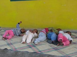 riposo-bambini-madagascar