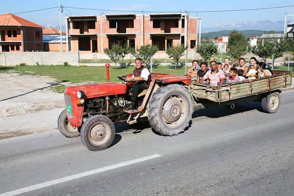 Strada Klina-Pec: mezzo di trasporto